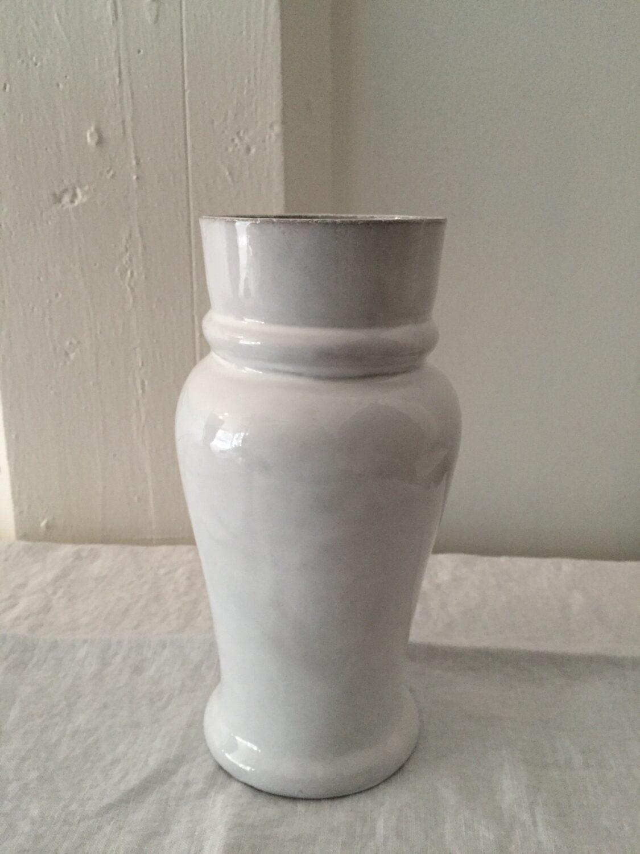 Fra mega Astier de Villatte Keramikk vaser og mugger fra kr 1690.- Olen Mobel CL-92