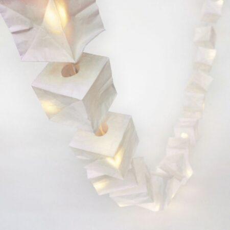 cube girlander i papir