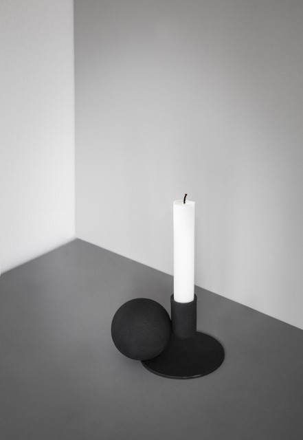 Optical-Candle-Holder Location White