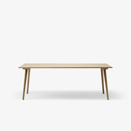 in-between-table-sk5-oak
