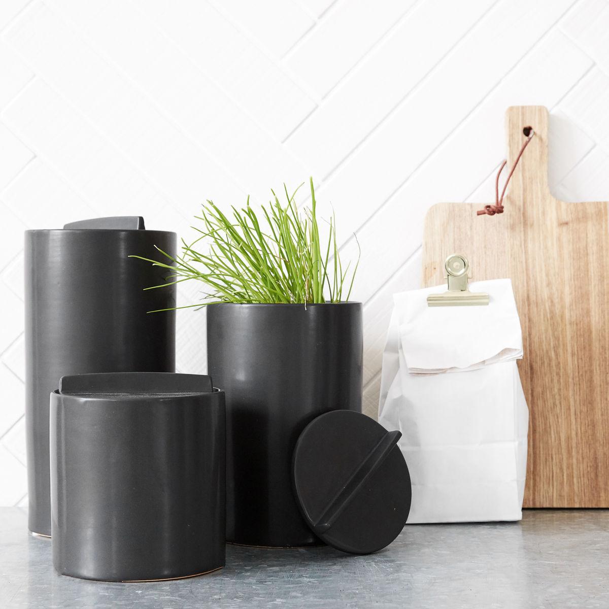 house doctor keramikk oppbevaring fra kr 135 olen mobel. Black Bedroom Furniture Sets. Home Design Ideas