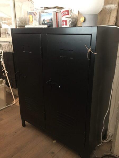 B2 40x80 Tolix black