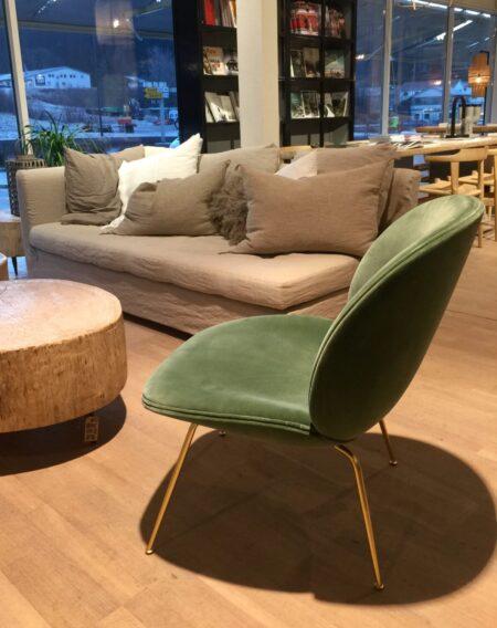 Beetle lounge chair - brass bilde fra butikken