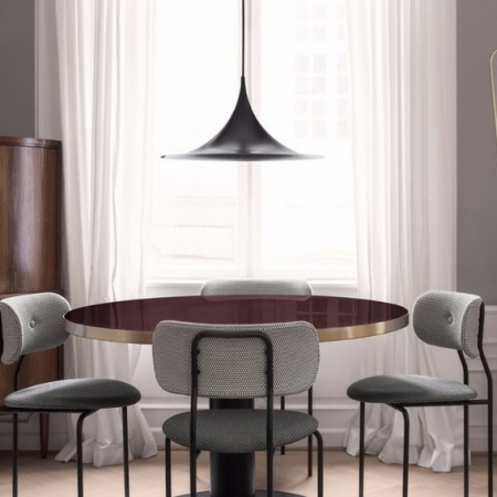 Coco_Chair_-_Korb_MC741E00_-MC741E09_GUBI_Table_2.0_-_cherry_red_Semi_Pendant_O60_-_matt_black_FA_33_Mirror_TS_Console_d2be98d6-d478 (2)