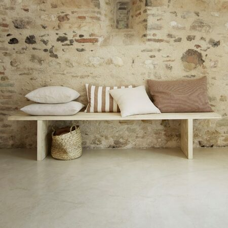 CHUNKY BENCH-NATURE, HEXABEE50X60-SAND, GAUZEPILLOW50-WHITE, LINMEGA40-WALNUT, LIN75-WALNUT, BASKETWOOD